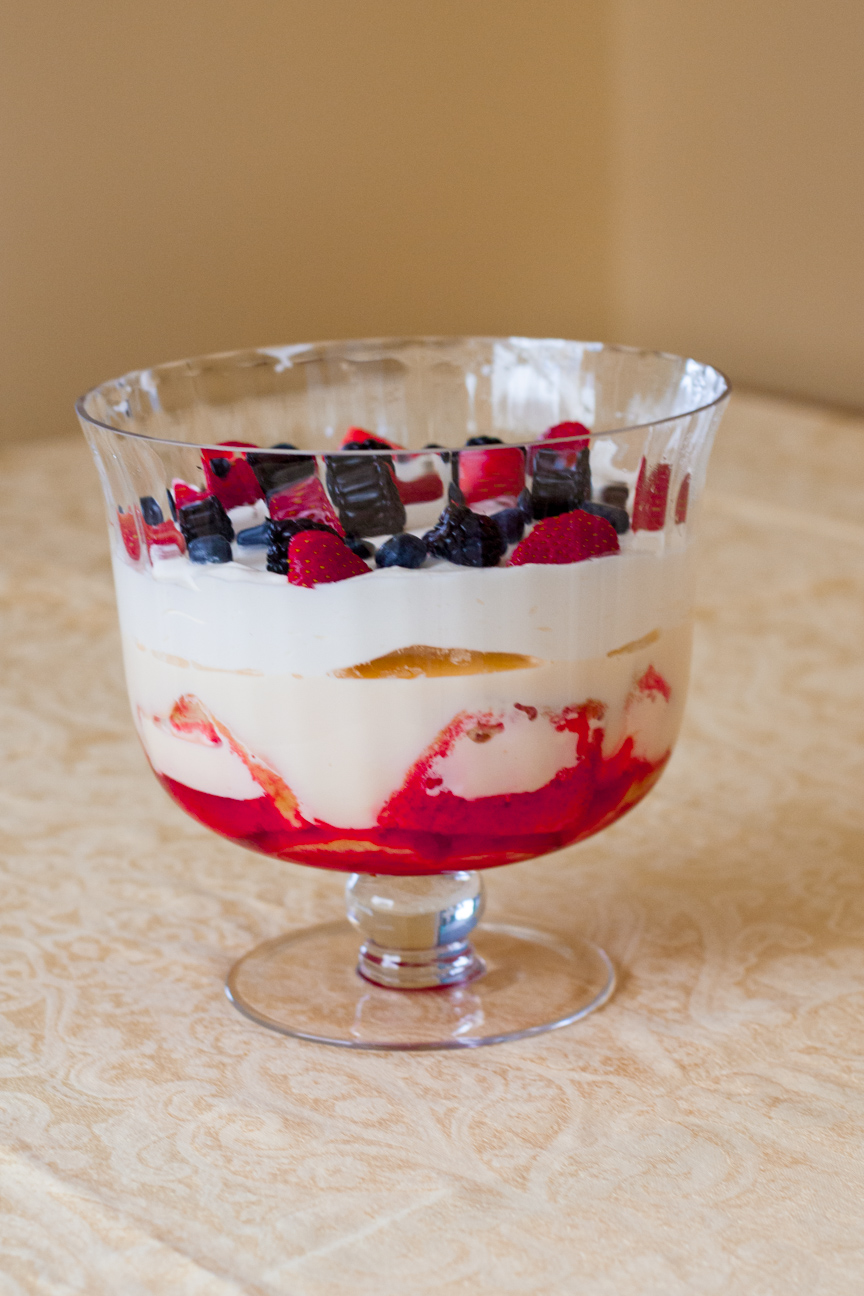 traditional-english-trifle