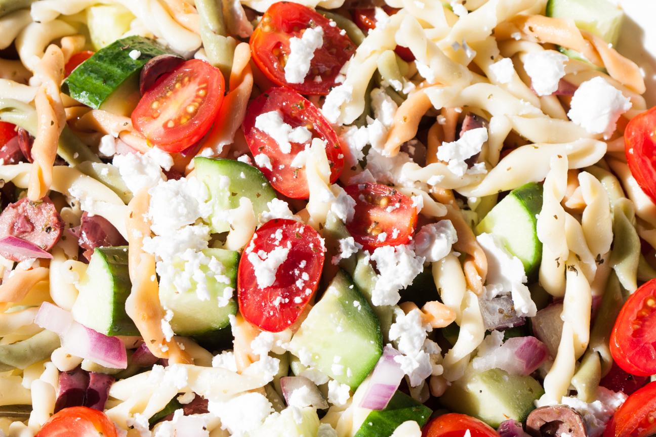 greek horiatiki pasta salad