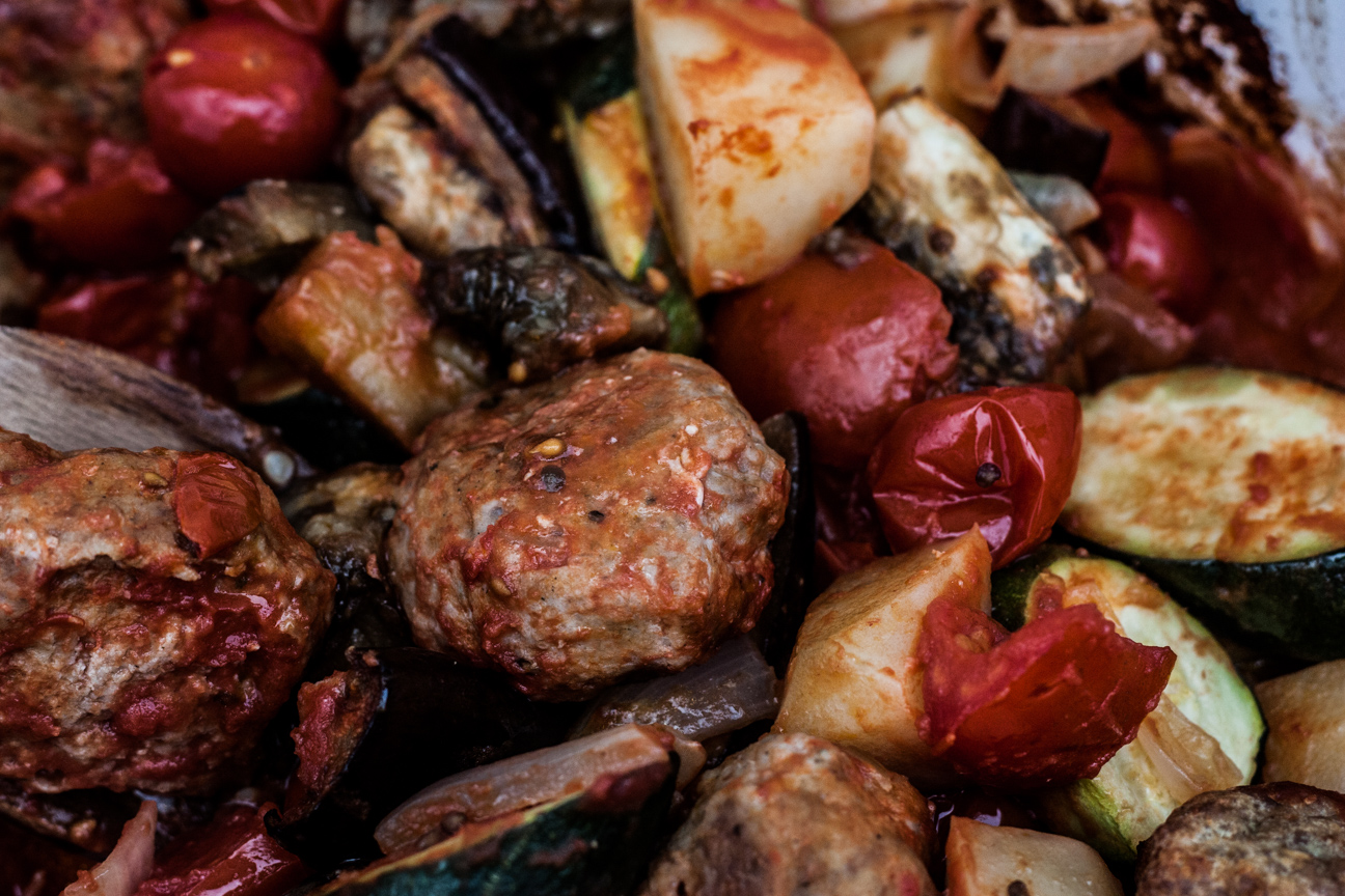 turkey meatballs with roasted vegetables