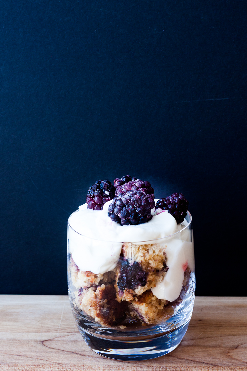 salted caramel blackberry cake with yogurt