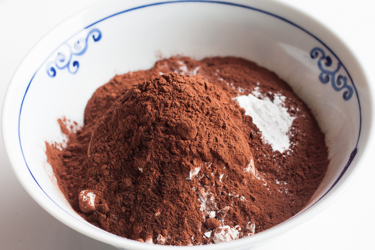 dry ingredients for chocolate donuts