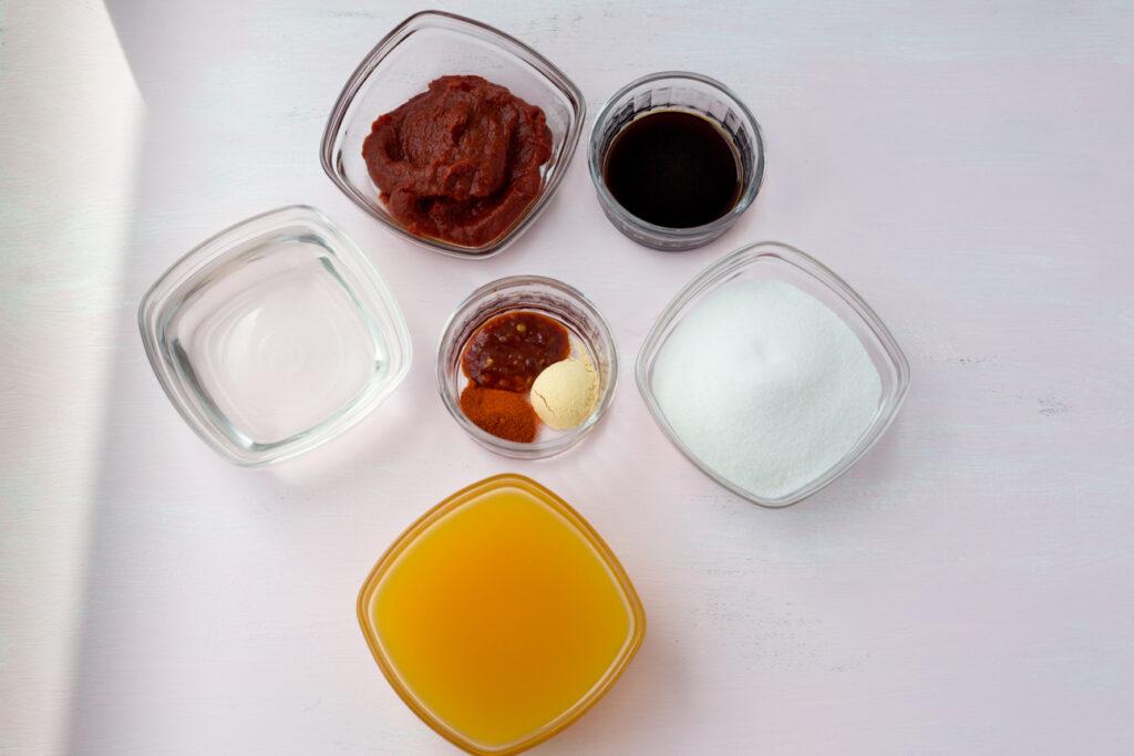 ingredients to make mumbo sauce